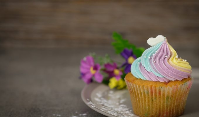 Cupcakes: No Right and Wrong Way To Enjoy Them